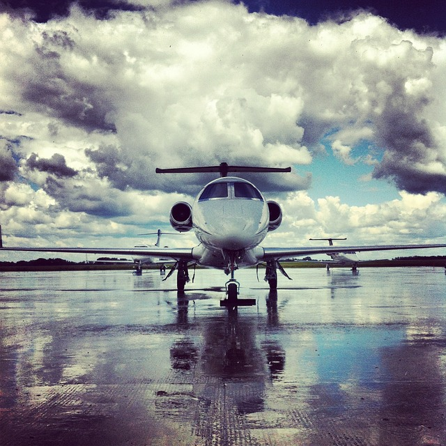 plane-440487_640